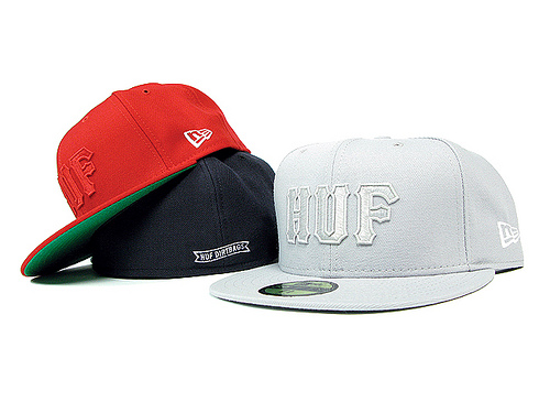 huf-classic-logo-new-era-fitted-1